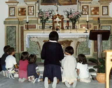 klekanie-przed-tabernakulum